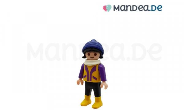 PLAYMOBIL® Mädchen mit blauer Mütze